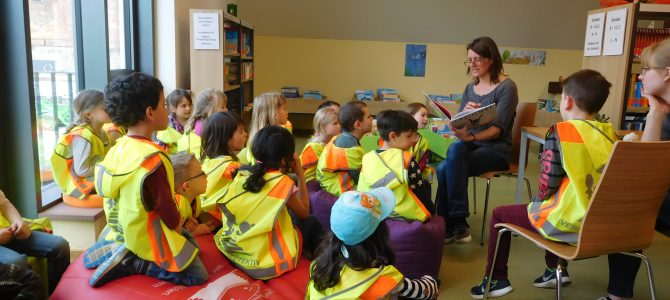 Besuch der Bücherei